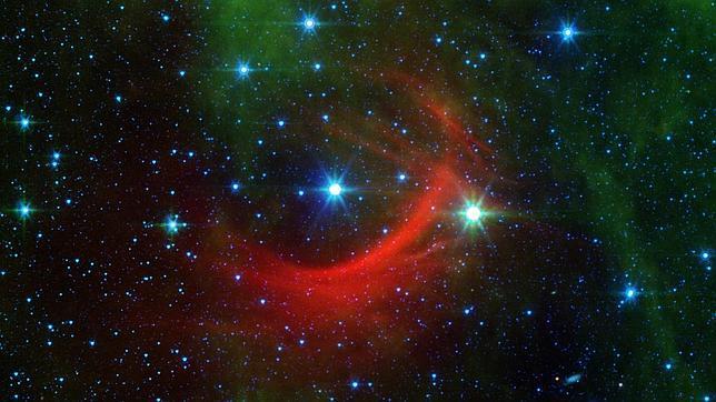 Vía Láctea sigue creciendo por el nacimiento de nuevas estrellas