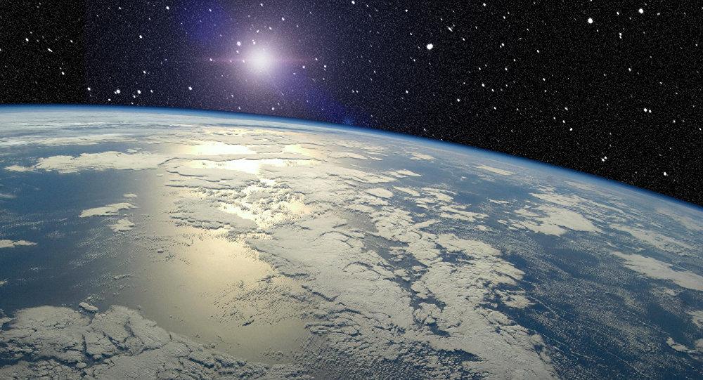 La órbita de la Tierra se deforma por Júpiter y Venus